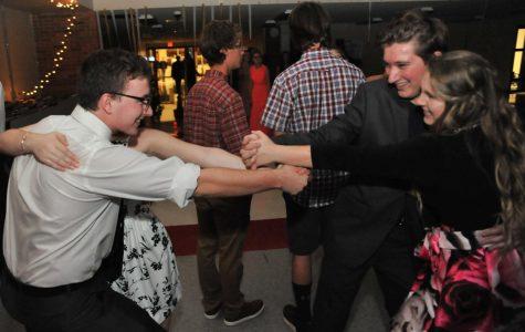 A nonstop dancing Homecoming night